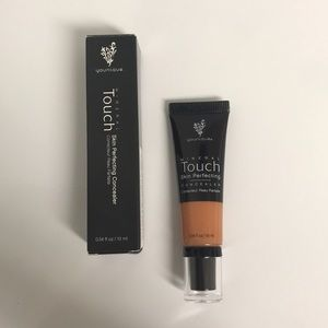 Younique Skin Perfecting Concealer - Cashmere